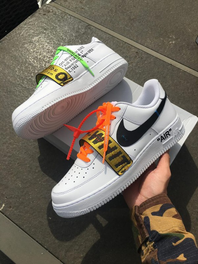 Nike x OFF (with details)