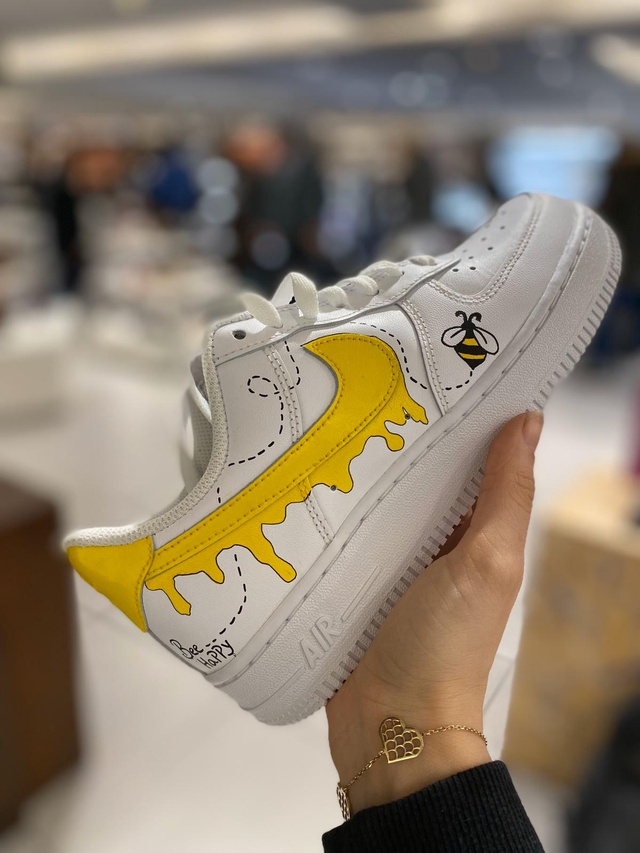 """Air Force 1 """"Bee Happy"""""""