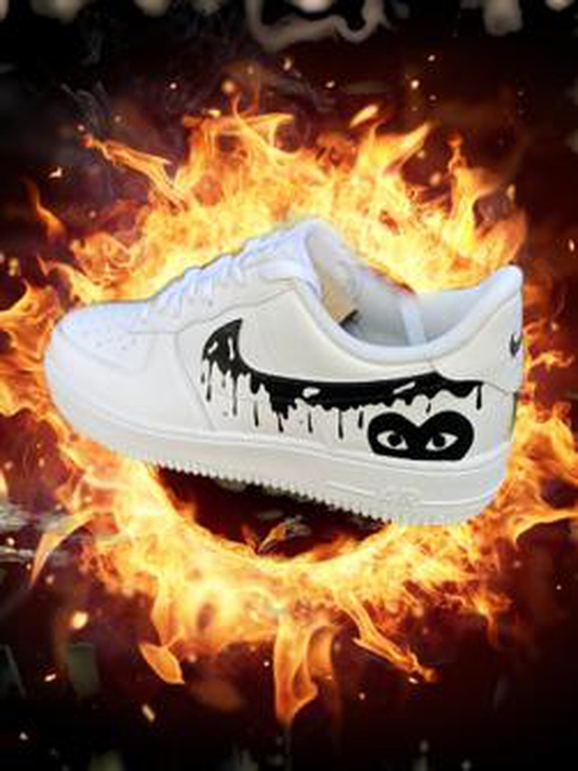 Air Force 1 CDG Dripping Love Customs