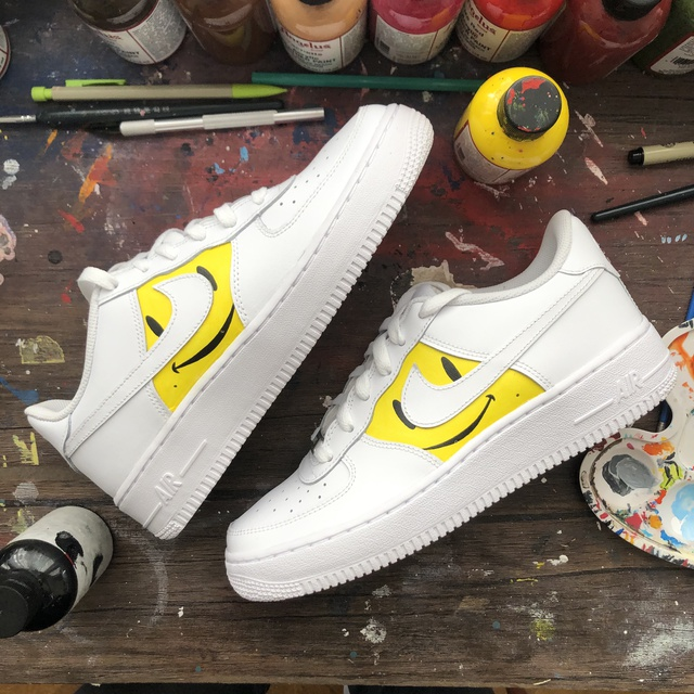 """Air Force 1 """"Smiley"""""""
