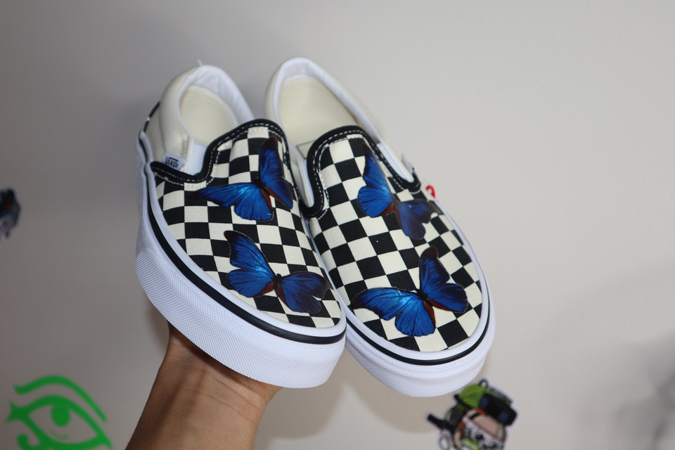 BLUE HD BUTTERFLY VANS CHECKERED SLIP ON (LARGE SIZE)